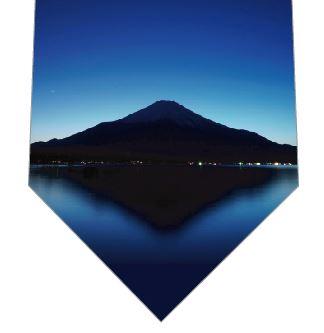 富士山の写真のネクタイ