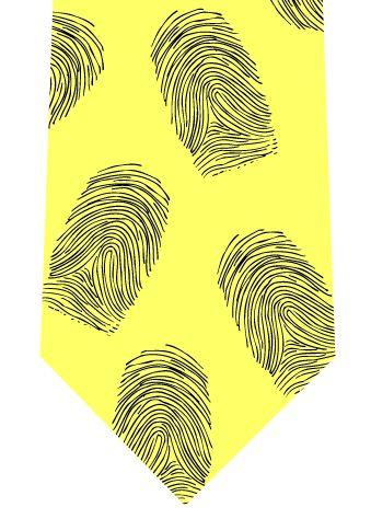 指紋だらけのネクタイの写真